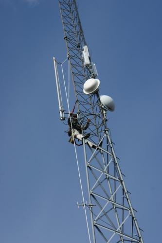 2017 cloyd repeater new antenna DSC09605