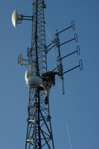 2017 cloyd repeater new antenna DSC09698